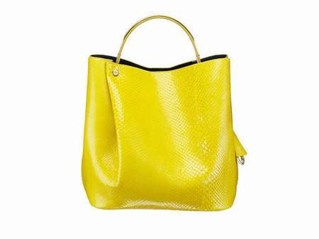 sac bandouliere femme jaune sac fred perry jaune et noir. Black Bedroom Furniture Sets. Home Design Ideas